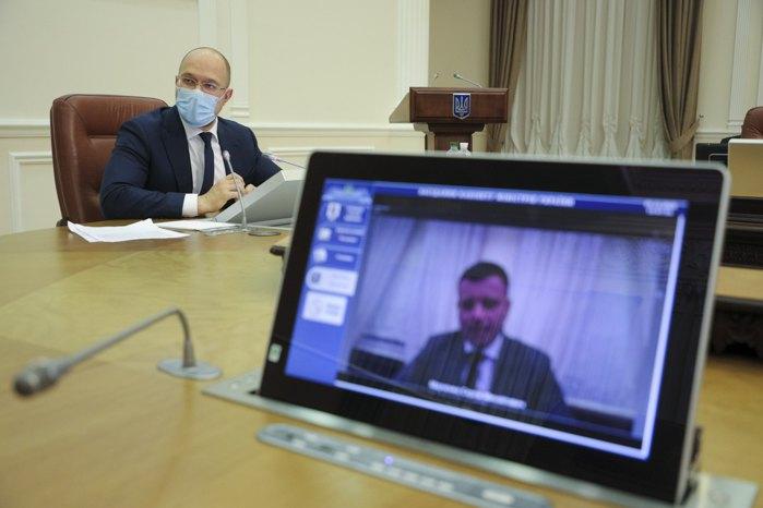 Премьер министр Денис Шмыгаль во время заседания кабмина