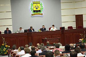 Донецкий облсовет предоставил русскому языку статус регионального