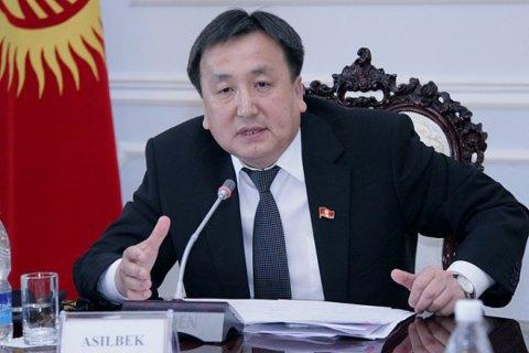 Спікер парламенту Киргизстану подав у відставку через висунення його брата на посаду прем'єра