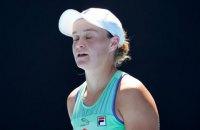 Первая ракетка мира пришла с грудным ребенком на пресс-конференцию после поражения в полуфинале Australian Open