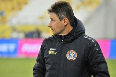 Наставник «Львова» Шумский получил в матче УПЛ желтую карточку за требование к арбитру говорить с ним по-украински