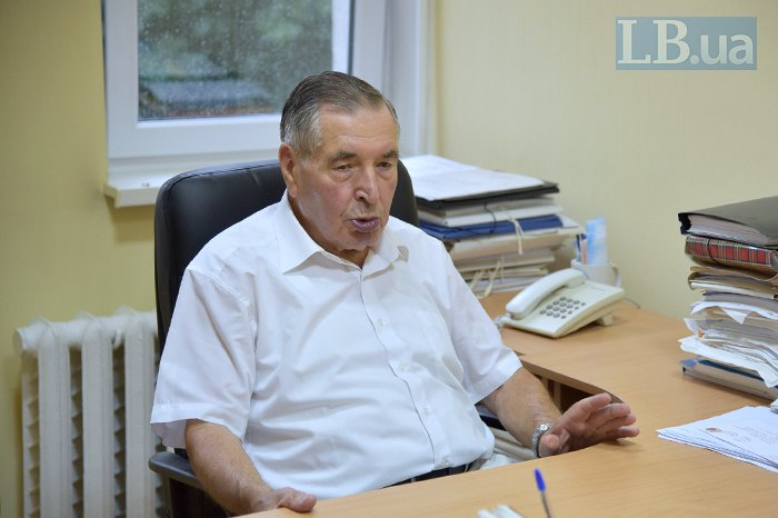Николай Козюбра