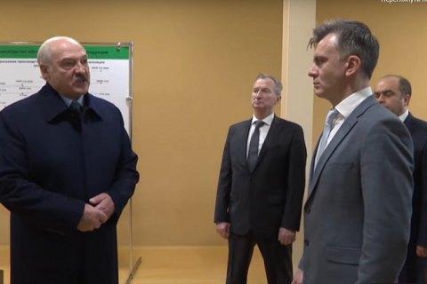 """Лукашенко в конфликте с РФ в сфере поставок энергоресурсов: """"нас раком поставили по углеводородам"""""""