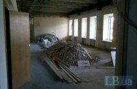 У Гостинному дворі почалися будівельні роботи