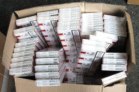 Мукачівські міліціонери знайшли склад контрабандних цигарок на €1,5 млн