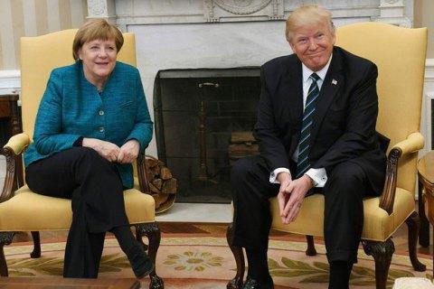 Белый дом объяснил конфуз с рукопожатием Трампа и Меркель