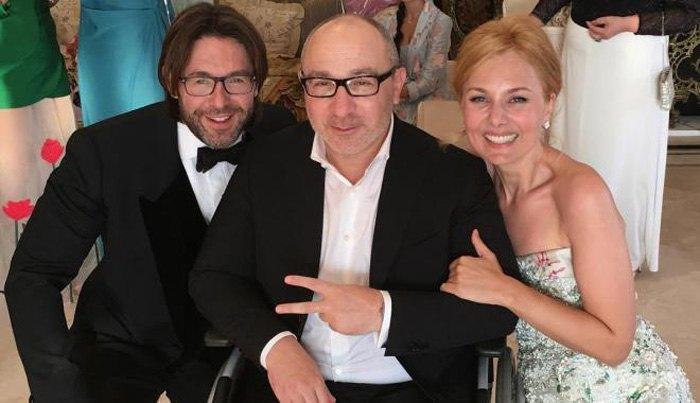 Кернес с ведущим Андреем Малаховым на свадьбе дочери олигарха Павла Фукса во Франции.