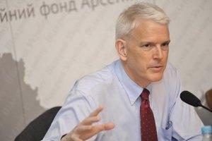 Если Украина проведет реформы, то США должны увеличить финпомощь, - экс-посол