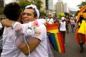Гомосексуалистам в Дании разрешили венчаться