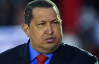Чавес: Венесуэла планирует начать экспорт оружия и военной техники