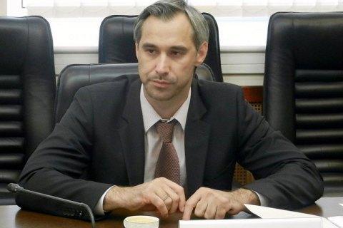 Член НАЗК Руслан Рябошапка подав у відставку «для налагодження ефективної роботи»