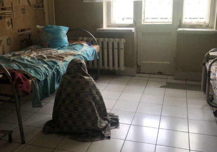 Жительница Святошинского психоневрологического интерната в своей комнате