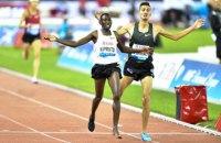 Босоногий спортсмен выиграл Бриллиантовую Лигу в забеге на 3 000 м с препятствиями