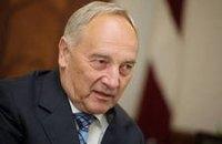 В Украину сегодня с визитом прибывает Президент Латвии