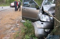 ДТП під Києвом: жінка отримала сильні травми через те, що не була пристебнута