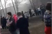 В России школьник с ножом напал на одноклассников и поджег школу