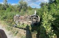На Днепропетровщине перевернулся автобус, 15 человек пострадали
