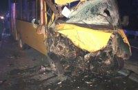 10 людей травмувалися через зіткнення маршрутки і вантажівки під Миколаєвом