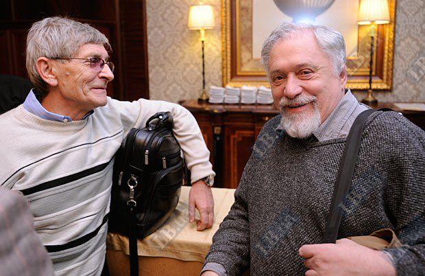 Доктор философских наук, НАН Украины Евгений Головаха (слева) и правозащитник, автор LB.ua Семен Глузман
