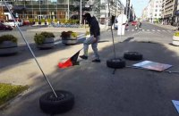 В Риге неизвестные сорвали выставку, посвященную Майдану