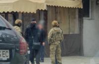 """У Харкові затримали підозрюваних у спробі """"продати"""" посади голови ОДА та податкової (оновлено)"""