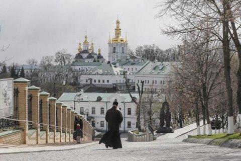 Киево-Печерская лавра проведет Пасхальную службу во дворе перед храмом
