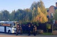 Між учасниками акції під будинком Порошенка в Козині вночі виникали сутички, – поліція