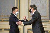 Угроза РФ, модернизация «Минска», НАТО и коррупция. Какие сигналы Блинкен передал Зеленскому