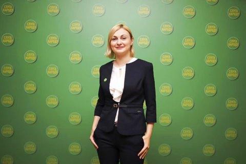"""Євгенія Кравчук: «Уряд Гончарука був менш досвідченим, але він був більш """"своїм""""»"""