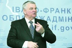 Губернатор Прикарпатья: Янукович до 2017 года меня не уволит