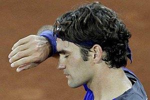Федерер продолжает отбивать атаки и гнаться