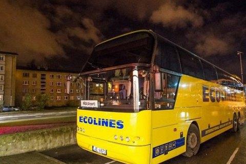 Пасажирці довелося сісти за кермо автобуса Таллінн - Рига замість п'яного водія