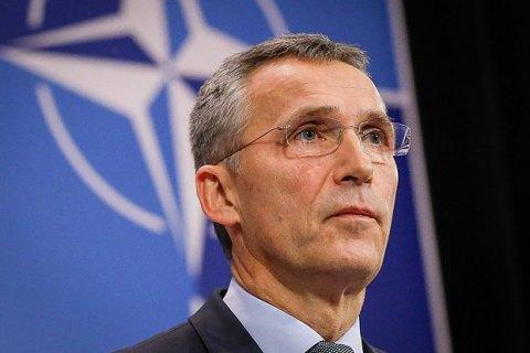 """Столтенберг наметил """"дорожную карту"""" Украины в НАТО"""