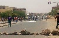 Армія Судану відкрила вогонь по протестувальниках: понад 30 загиблих