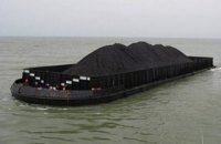 КНДР экспортирует уголь в обход санкций через российские порты, - Reuters (Обновлено)