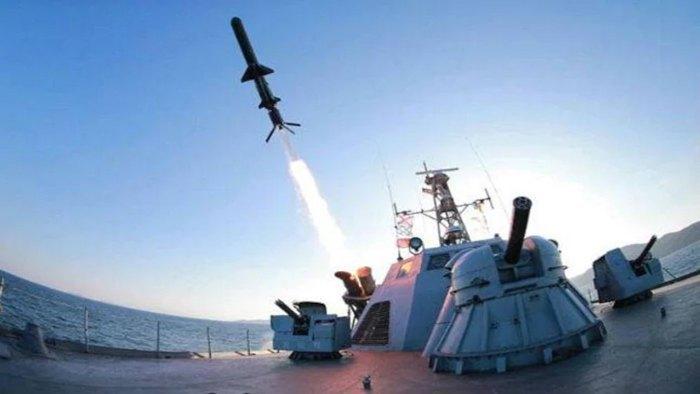 ВМС Індії випробовують ракету Барак 8