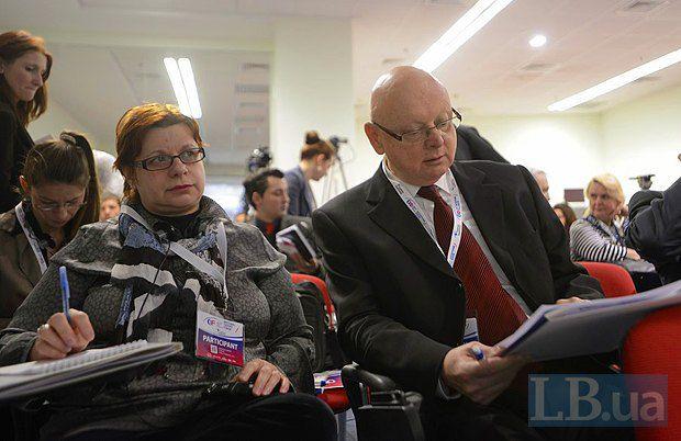Посол Венгрии в Украине Михаль Баер(справа)