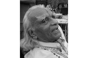 В Индии умер самый знаменитый йог