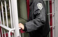 Суд оставил под арестом милиционера, убившего человека на Донбассе
