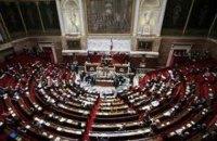 Нацсобрание Франции не поддержало вотум недоверия правительству