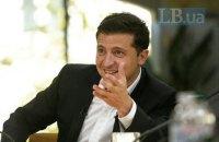 Зеленський вирішив провести референдум про продаж землі іноземцям