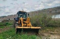 У Чернівецькій області водій екскаватора насмерть переїхав свого напарника