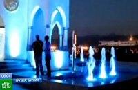 У Батумі відкрили фонтан з чачею