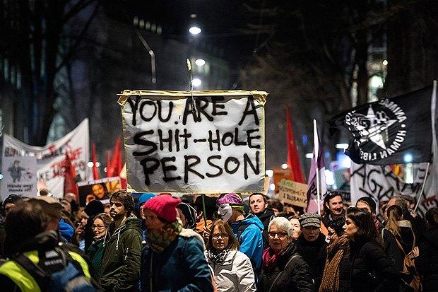 Демонстрации против визита президента США Дональда Трампа в Давос, Цюрих, 23 января 2018.