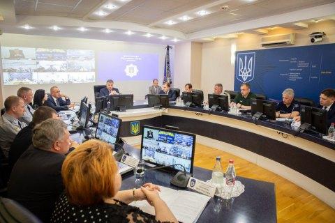 Аваков напомнил кандидатам о необходимости соблюдения закона во время предвыборной кампании