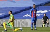 В Англійській прем'єр-лізі гравець уперше не опустився на коліно перед матчем