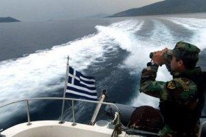 В Средиземноморье перевернулось судно с мигрантами, до 700 погибших
