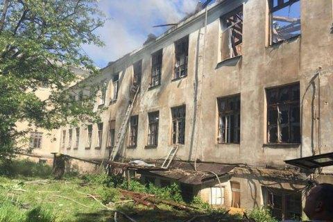 Красногорівка потрапила під обстріл, є поранені серед мирних жителів