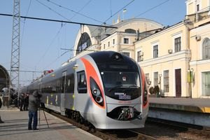 Колесніков хоче купити 100-120 швидкісних поїздів