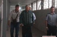 Миколаївський суд почав обирати запобіжний захід пенсіонеру, який стріляв у дітей (оновлено)